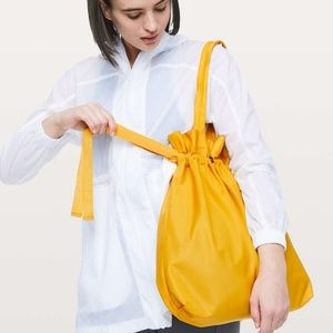 🆕 LULULEMON HONEY LEMON EASY AS SUNDAY TOTE BAG